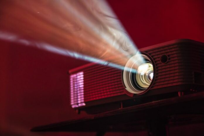 Answers To A Few Considerations People Have While Hiring A Projector